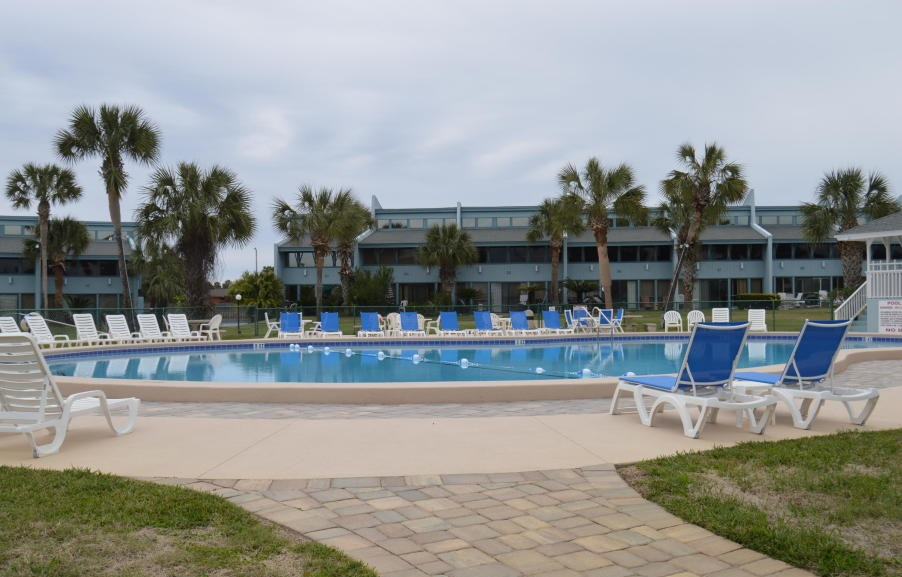 Sunnyside Beach and Tennis Resort condos for sale
